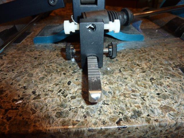 WE130-Locking-Screws