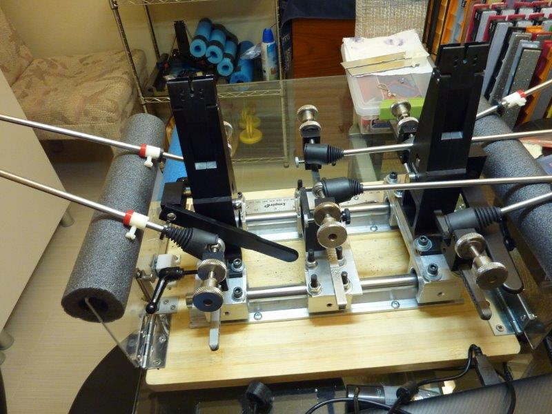 Multivise-Set-up-with-center-vise-less-carriage